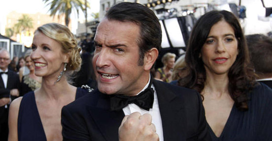 Jean Dujardin wins Oscar for Best Actor - one of five Oscars awarded to The Artist.