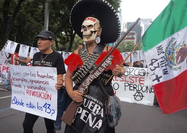 Ayotzinapa book