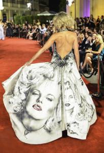 Anahit Etemadi, Marilyn Monroe hand painting gown.